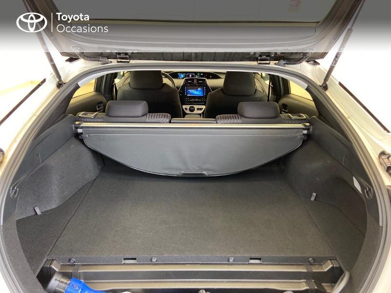 Photo 15 de l'offre de TOYOTA Prius Rechargeable 122h Solar à 22980€ chez Brest Automobiles - Toyota Brest