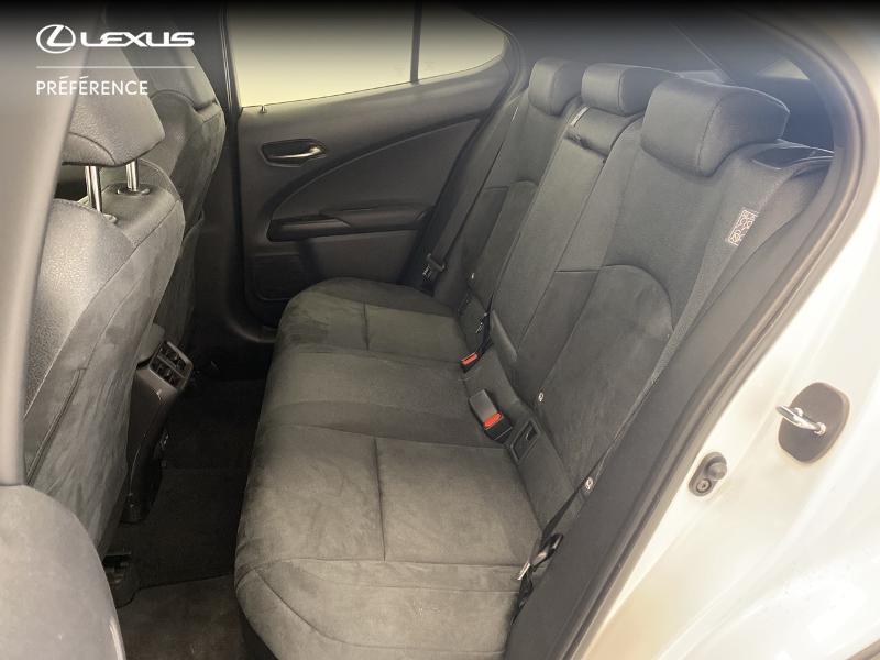 Photo 12 de l'offre de LEXUS UX 250h 2WD Premium Edition MY21 à 33980€ chez Brest Automobiles - Toyota Brest