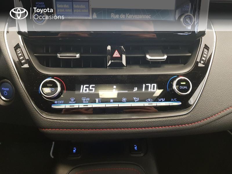 Photo 18 de l'offre de TOYOTA Corolla 122h Collection MY20 à 27490€ chez Brest Automobiles - Toyota Brest