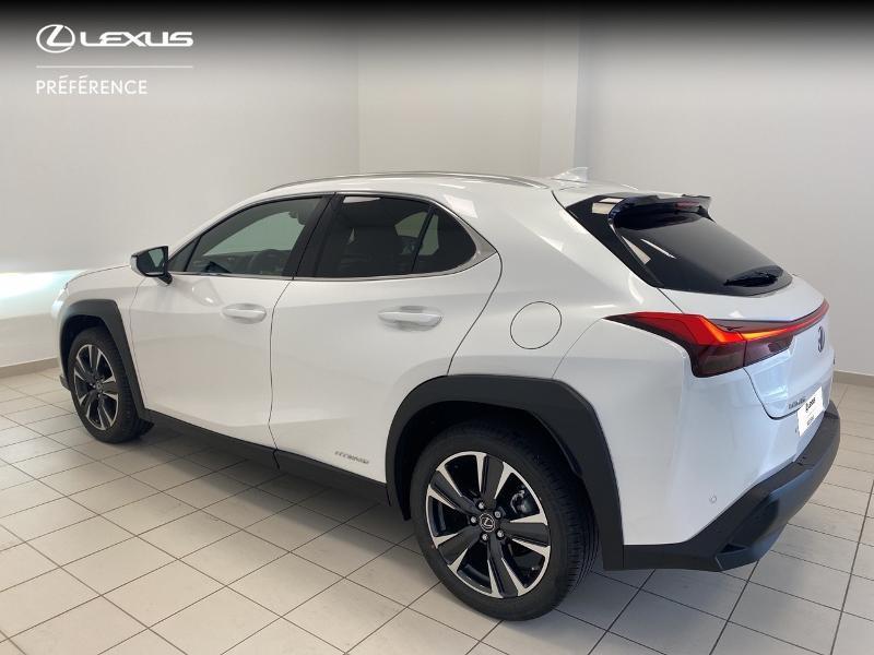 Photo 2 de l'offre de LEXUS UX 250h 2WD Premium Edition MY21 à 33980€ chez Brest Automobiles - Toyota Brest