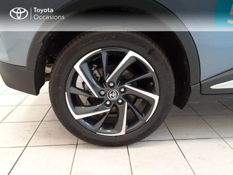 Photo 16 de l'offre de TOYOTA C-HR 122h Graphic 2WD E-CVT MC19 à 28980€ chez Brest Automobiles - Toyota Brest