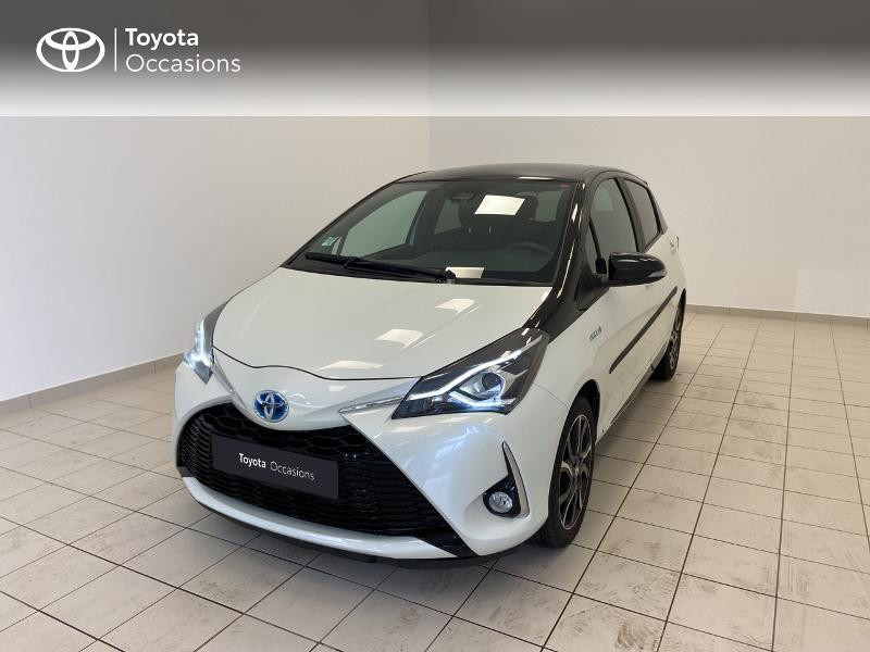 Photo 1 de l'offre de TOYOTA Yaris 100h Collection 5p MY19 à 15980€ chez Brest Automobiles - Toyota Brest