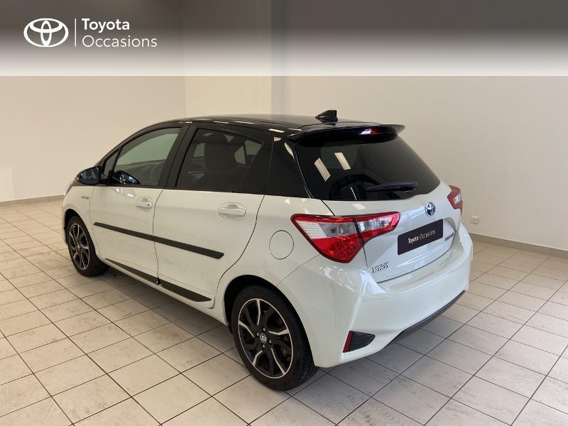 Photo 2 de l'offre de TOYOTA Yaris 100h Collection 5p MY19 à 15980€ chez Brest Automobiles - Toyota Brest