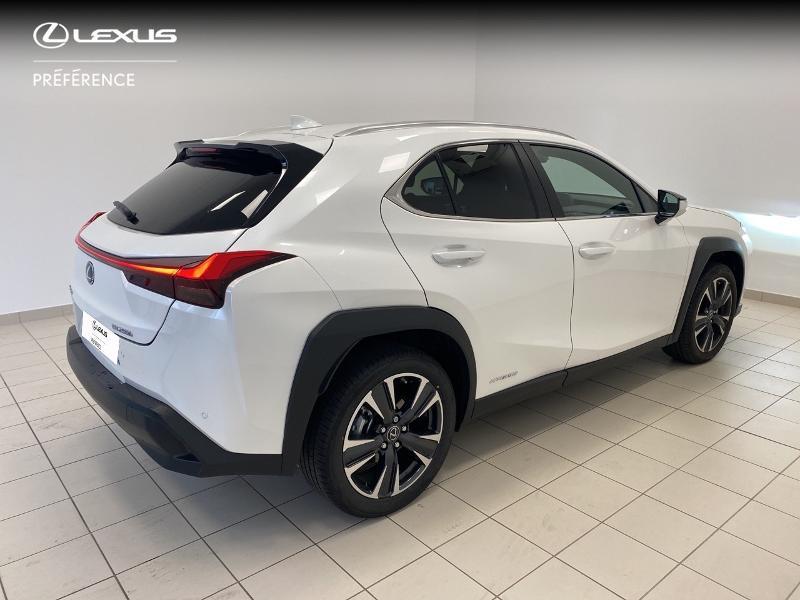 Photo 18 de l'offre de LEXUS UX 250h 2WD Premium Edition MY21 à 33980€ chez Brest Automobiles - Toyota Brest