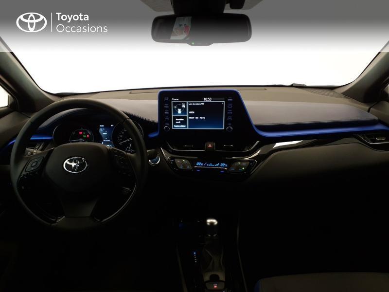 Photo 8 de l'offre de TOYOTA C-HR 122h Graphic 2WD E-CVT MC19 à 28980€ chez Brest Automobiles - Toyota Brest