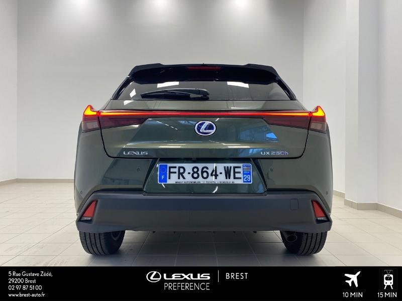 Photo 18 de l'offre de LEXUS UX 250h 2WD Luxe MY20 à 37980€ chez Brest Automobiles - Toyota Brest