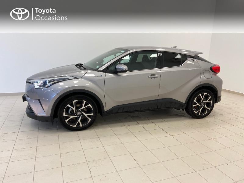 Photo 3 de l'offre de TOYOTA C-HR 122h Edition 2WD E-CVT à 21980€ chez Brest Automobiles - Toyota Brest