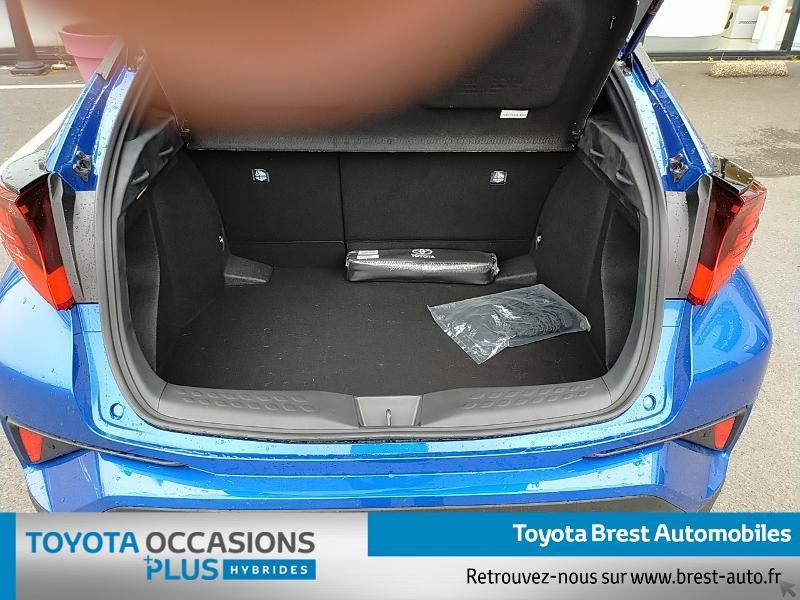 Photo 15 de l'offre de TOYOTA C-HR 122h Graphic 2WD E-CVT MY20 à 26980€ chez Brest Automobiles - Toyota Brest