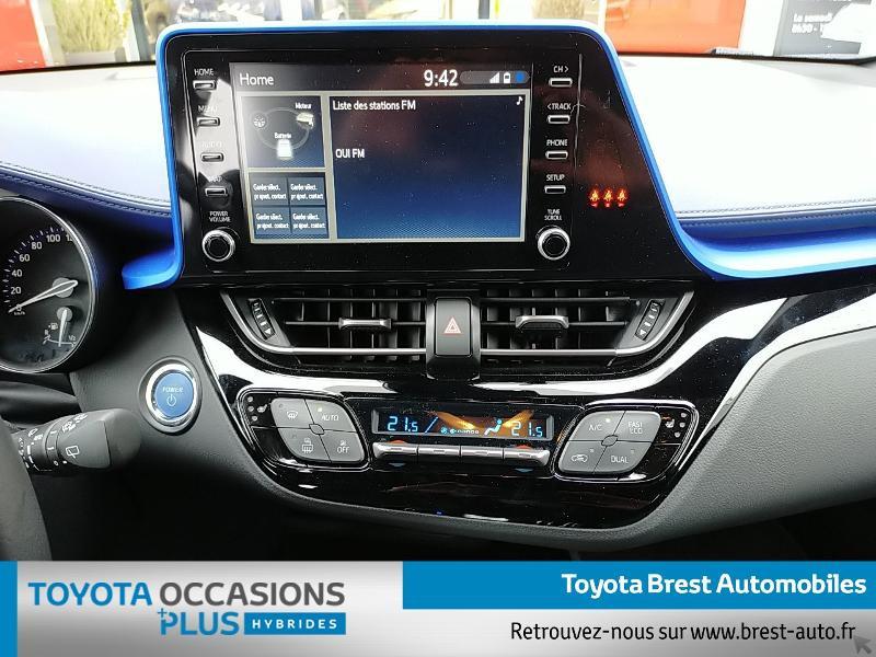 Photo 7 de l'offre de TOYOTA C-HR 122h Graphic 2WD E-CVT MY20 à 26980€ chez Brest Automobiles - Toyota Brest