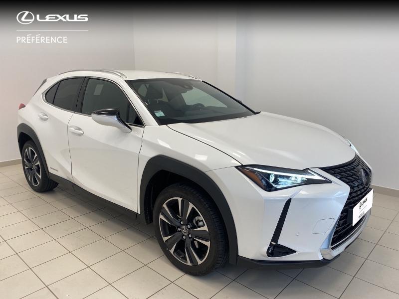 Photo 19 de l'offre de LEXUS UX 250h 2WD Premium Edition MY21 à 33980€ chez Brest Automobiles - Toyota Brest