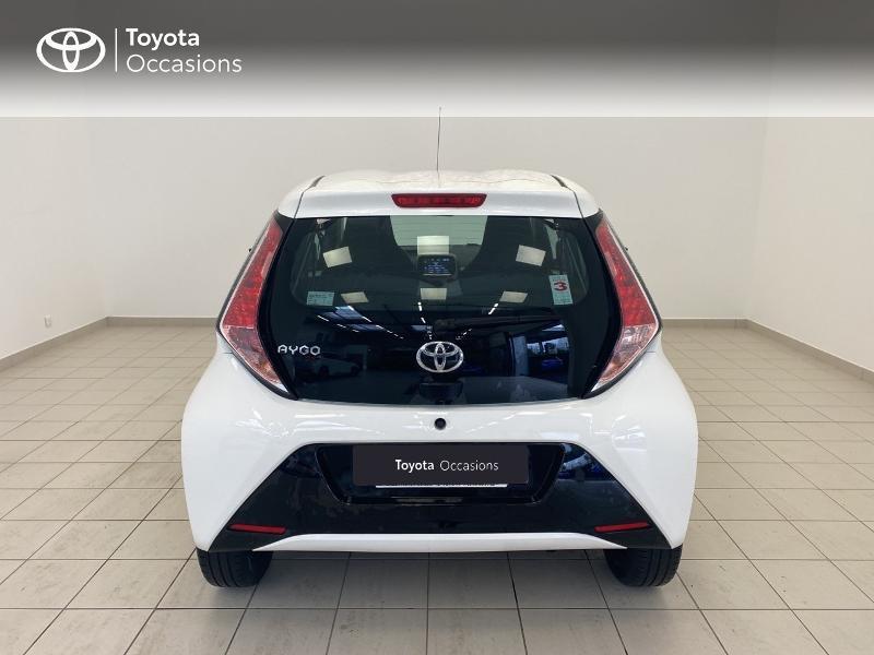Photo 4 de l'offre de TOYOTA Aygo 1.0 VVT-i 69ch x-play 5p à 9480€ chez Brest Automobiles - Toyota Brest