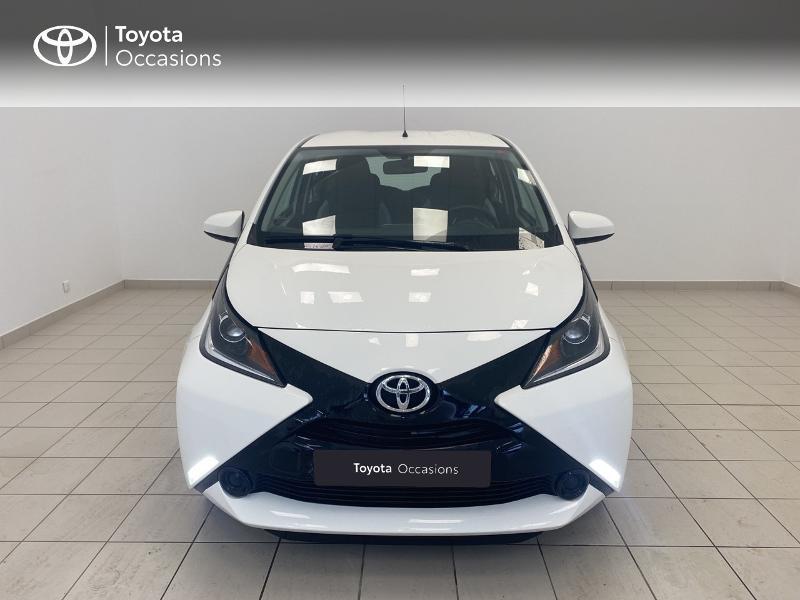 Photo 5 de l'offre de TOYOTA Aygo 1.0 VVT-i 69ch x-play 5p à 9480€ chez Brest Automobiles - Toyota Brest