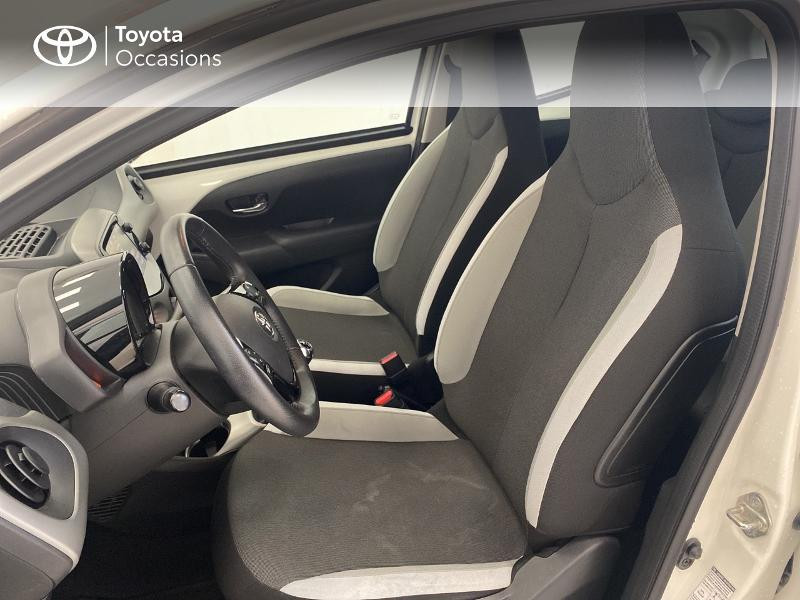 Photo 11 de l'offre de TOYOTA Aygo 1.0 VVT-i 69ch x-play 5p à 9480€ chez Brest Automobiles - Toyota Brest