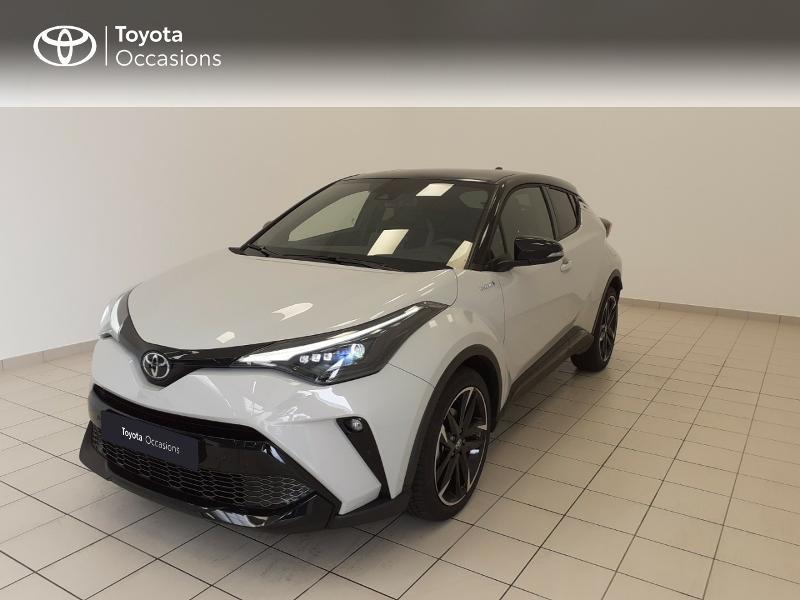 Photo 1 de l'offre de TOYOTA C-HR 184h GR-Sport 2WD E-CVT MY20 à 32980€ chez Brest Automobiles - Toyota Brest