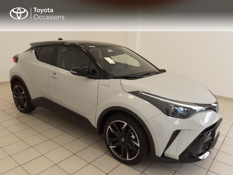 Photo 17 de l'offre de TOYOTA C-HR 184h GR-Sport 2WD E-CVT MY20 à 32980€ chez Brest Automobiles - Toyota Brest