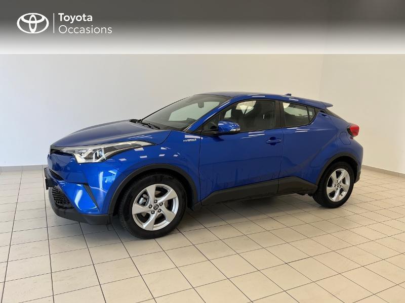 Photo 3 de l'offre de TOYOTA C-HR 122h Dynamic Business 2WD E-CVT à 17480€ chez Brest Automobiles - Toyota Brest