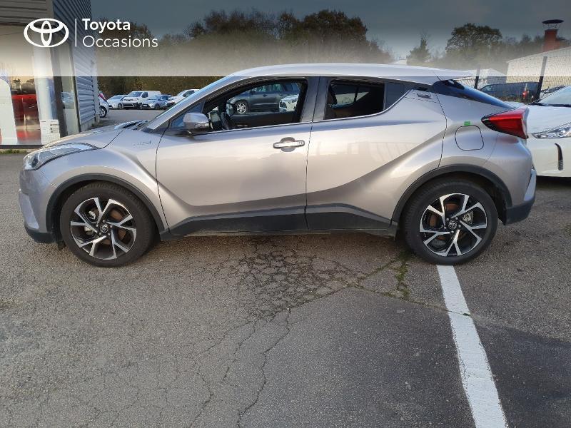Photo 3 de l'offre de TOYOTA C-HR 122h Edition 2WD E-CVT RC18 à 21480€ chez Cap Ouest Auto - Toyota Morlaix