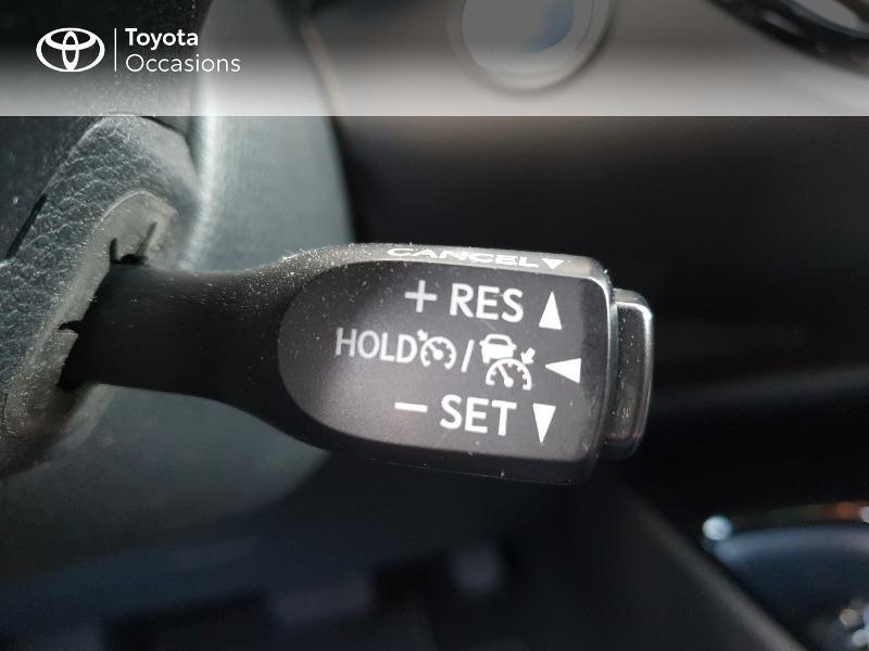 Photo 16 de l'offre de TOYOTA C-HR 122h Edition 2WD E-CVT RC18 à 21480€ chez Cap Ouest Auto - Toyota Morlaix
