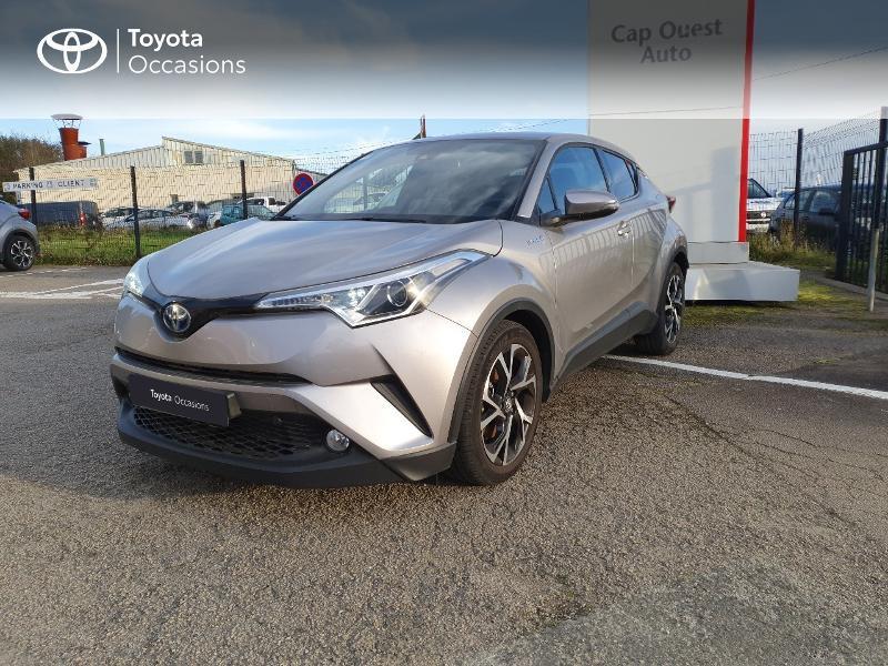 Photo 1 de l'offre de TOYOTA C-HR 122h Edition 2WD E-CVT RC18 à 21580€ chez Cap Ouest Auto - Toyota Morlaix
