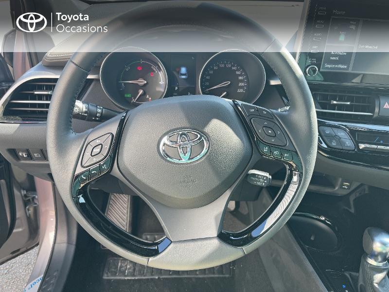 Photo 9 de l'offre de TOYOTA C-HR 184h Distinctive 2WD E-CVT MY20 à 31480€ chez Cap Ouest Auto - Toyota Morlaix