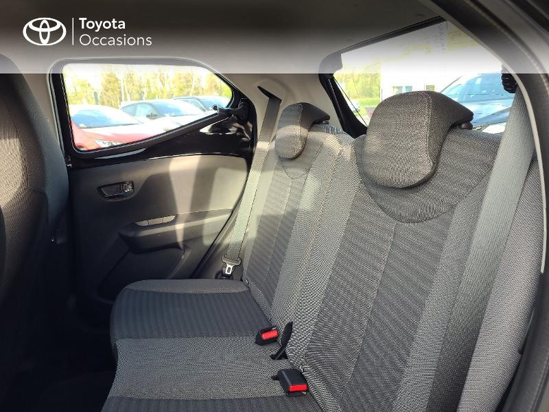 Photo 12 de l'offre de TOYOTA Aygo 1.0 VVT-i 72ch x-play x-app 5p MC18 à 9780€ chez Cap Ouest Auto - Toyota Morlaix