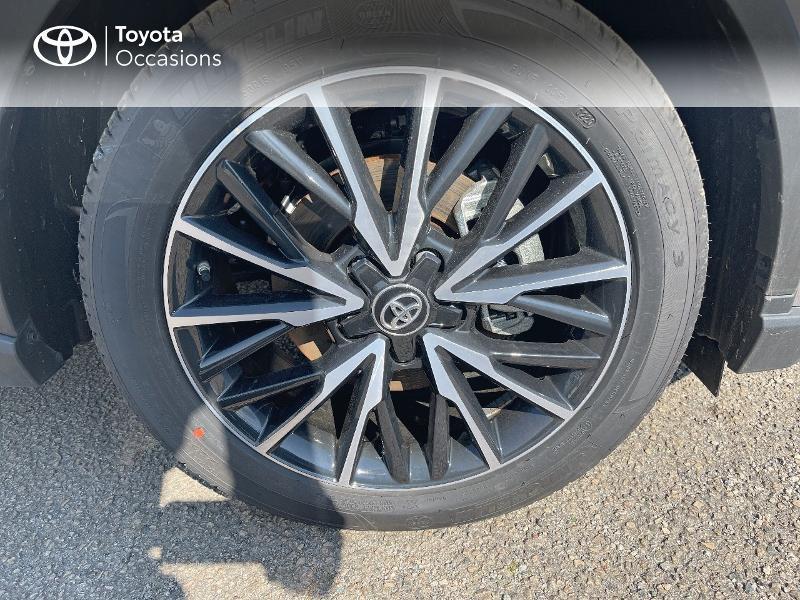 Photo 16 de l'offre de TOYOTA C-HR 184h Distinctive 2WD E-CVT MY20 à 31480€ chez Cap Ouest Auto - Toyota Morlaix