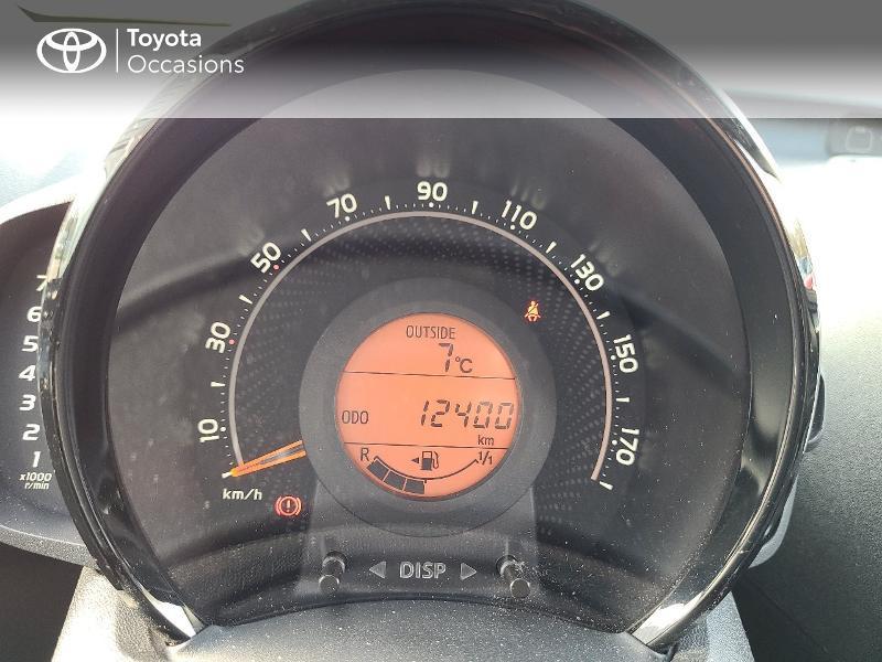Photo 14 de l'offre de TOYOTA Aygo 1.0 VVT-i 72ch x-play x-app 5p MC18 à 9780€ chez Cap Ouest Auto - Toyota Morlaix