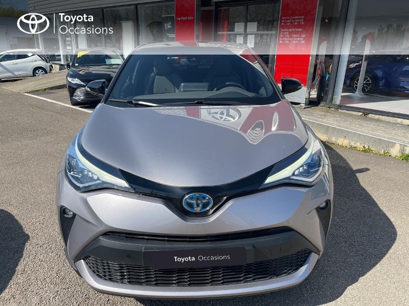 Photo 5 de l'offre de TOYOTA C-HR 184h Distinctive 2WD E-CVT MY20 à 31480€ chez Cap Ouest Auto - Toyota Morlaix