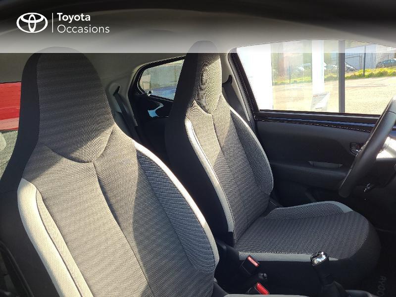 Photo 6 de l'offre de TOYOTA Aygo 1.0 VVT-i 72ch x-play x-app 5p MC18 à 9780€ chez Cap Ouest Auto - Toyota Morlaix