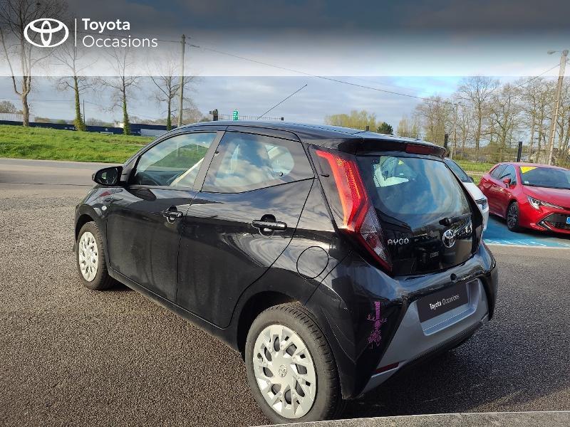 Photo 2 de l'offre de TOYOTA Aygo 1.0 VVT-i 72ch x-play x-app 5p MC18 à 9780€ chez Cap Ouest Auto - Toyota Morlaix