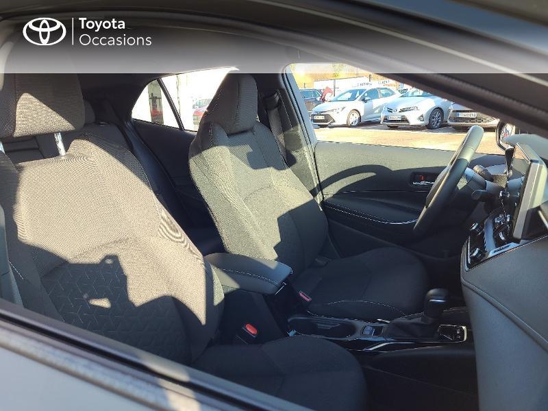Photo 6 de l'offre de TOYOTA Corolla 122h Design MY20 à 22980€ chez Cap Ouest Auto - Toyota Morlaix