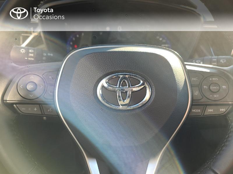 Photo 13 de l'offre de TOYOTA Corolla 122h Design MY20 à 22980€ chez Cap Ouest Auto - Toyota Morlaix
