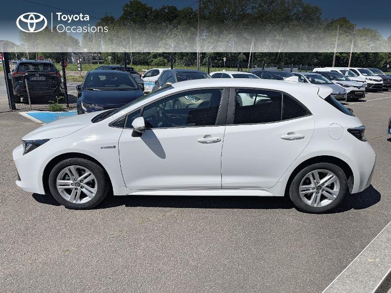 Photo 3 de l'offre de TOYOTA Corolla 122h Dynamic MY20 à 23580€ chez Cap Ouest Auto - Toyota Morlaix