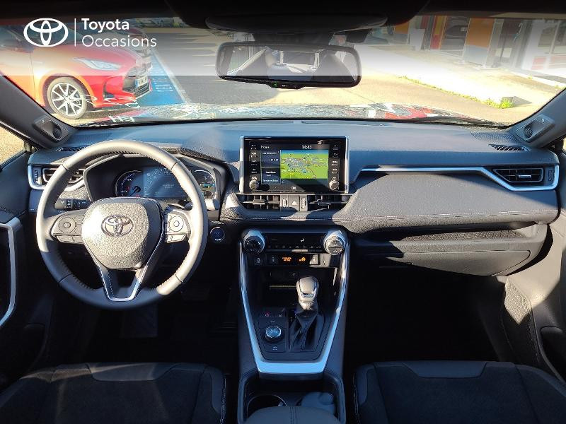 Photo 8 de l'offre de TOYOTA RAV4 Hybride 222ch Black Edition AWD-i MY21 à 44980€ chez Cap Ouest Auto - Toyota Morlaix