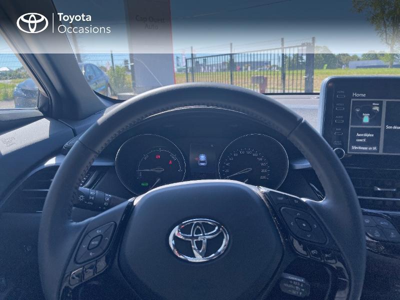 Photo 13 de l'offre de TOYOTA C-HR 122h Edition 2WD E-CVT MY20 à 26980€ chez Cap Ouest Auto - Toyota Morlaix