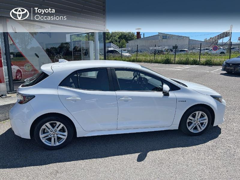 Photo 17 de l'offre de TOYOTA Corolla 122h Dynamic MY20 à 23580€ chez Cap Ouest Auto - Toyota Morlaix
