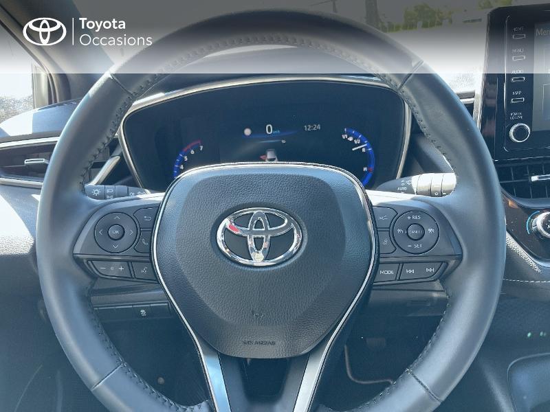 Photo 20 de l'offre de TOYOTA Corolla 122h Dynamic MY20 à 23580€ chez Cap Ouest Auto - Toyota Morlaix