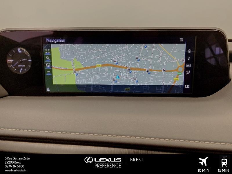 Photo 7 de l'offre de LEXUS UX 250h 4WD Executive à 37990€ chez Cap Ouest Auto - Toyota Morlaix