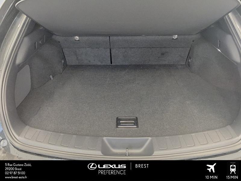 Photo 15 de l'offre de LEXUS UX 250h 4WD Executive à 37990€ chez Cap Ouest Auto - Toyota Morlaix
