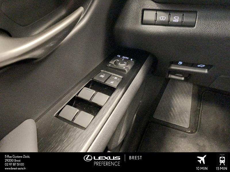 Photo 12 de l'offre de LEXUS UX 250h 4WD Executive à 37990€ chez Cap Ouest Auto - Toyota Morlaix