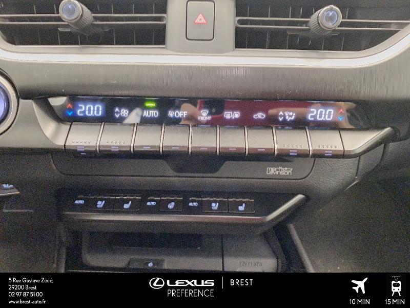 Photo 11 de l'offre de LEXUS UX 250h 4WD Executive à 37990€ chez Cap Ouest Auto - Toyota Morlaix