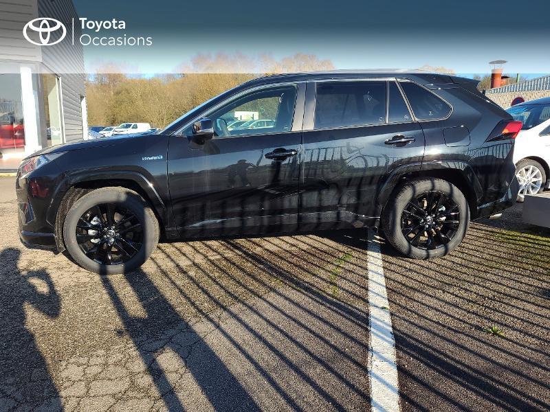 Photo 3 de l'offre de TOYOTA RAV4 Hybride 222ch Black Edition AWD-i MY21 à 44980€ chez Cap Ouest Auto - Toyota Morlaix