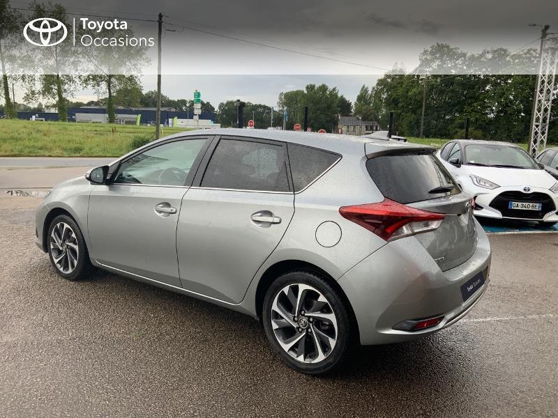 Photo 2 de l'offre de TOYOTA Auris 1.2T 116 Design à 10980€ chez Cap Ouest Auto - Toyota Morlaix