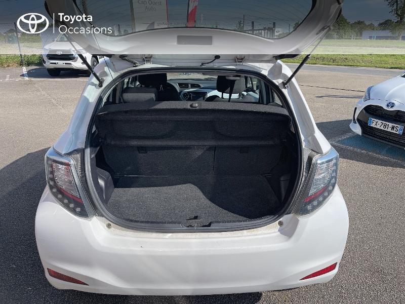 Photo 10 de l'offre de TOYOTA Yaris HSD 100h Dynamic 5p à 12480€ chez Cap Ouest Auto - Toyota Morlaix