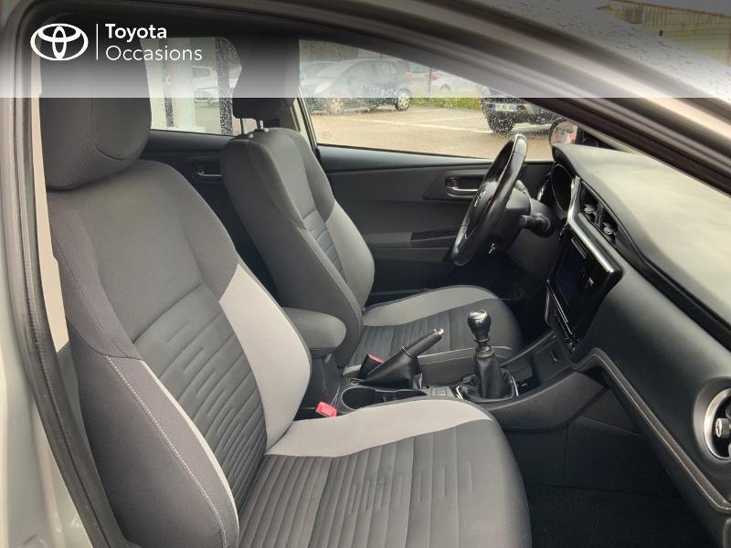 Photo 6 de l'offre de TOYOTA Auris 1.2T 116 Design à 10980€ chez Cap Ouest Auto - Toyota Morlaix