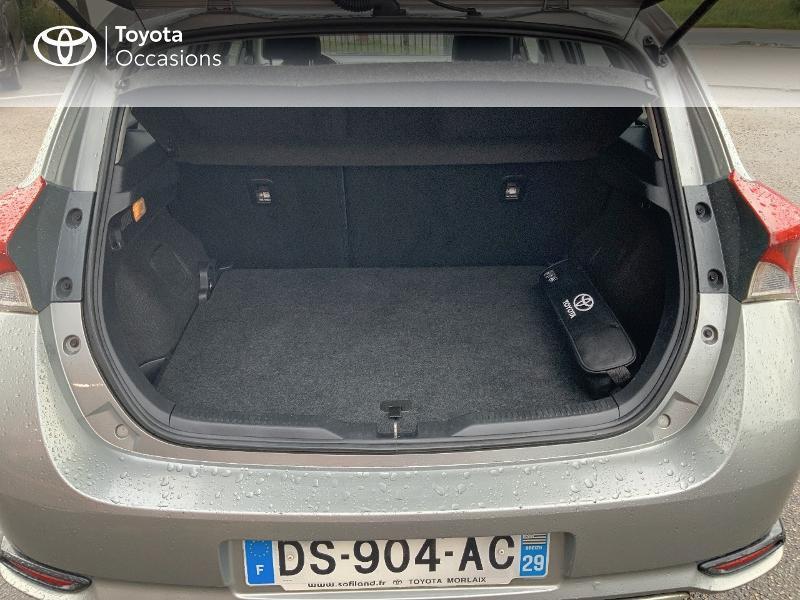 Photo 10 de l'offre de TOYOTA Auris 1.2T 116 Design à 10980€ chez Cap Ouest Auto - Toyota Morlaix