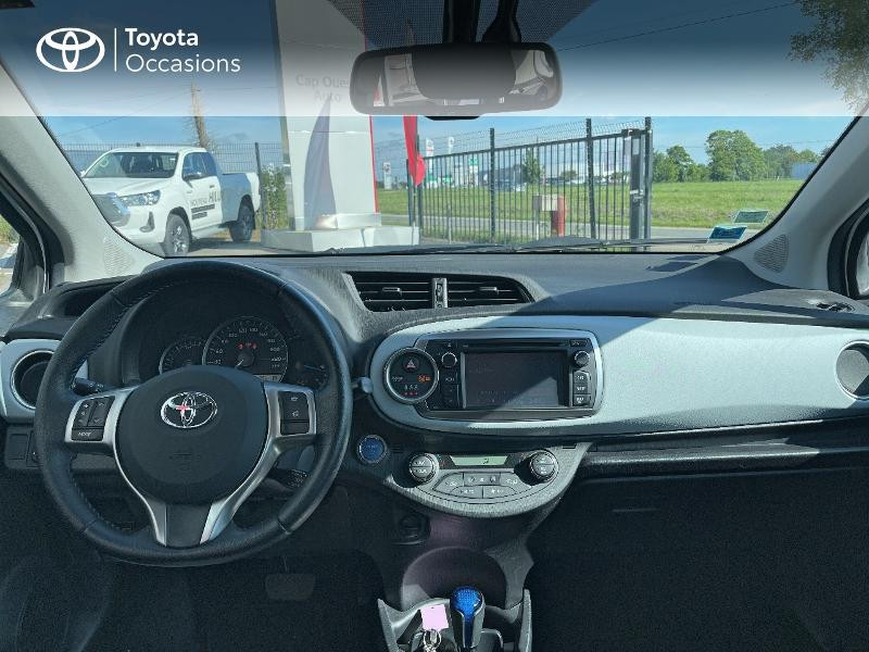 Photo 8 de l'offre de TOYOTA Yaris HSD 100h Dynamic 5p à 12480€ chez Cap Ouest Auto - Toyota Morlaix