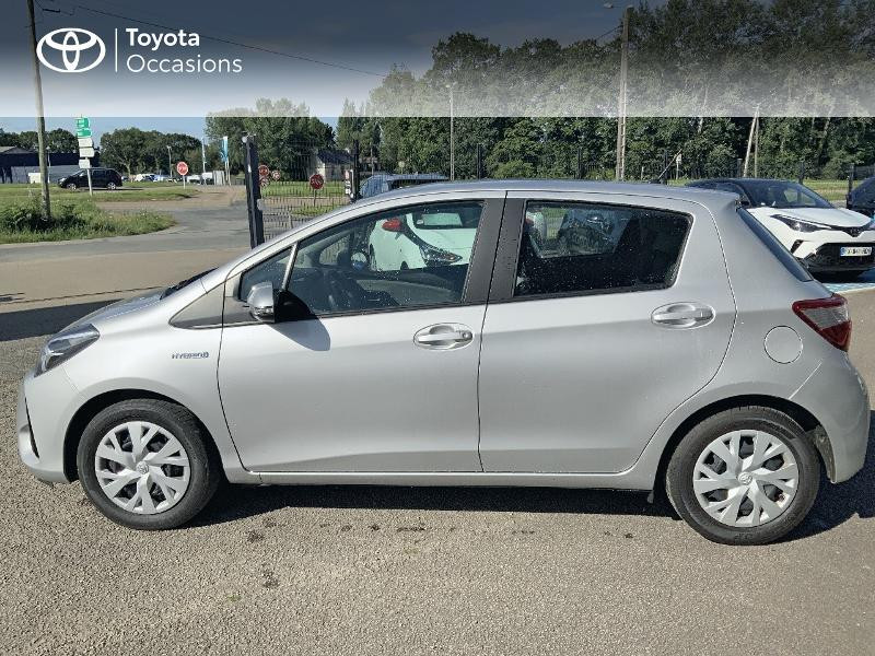 Photo 3 de l'offre de TOYOTA Yaris 100h France 5p à 12980€ chez Cap Ouest Auto - Toyota Morlaix