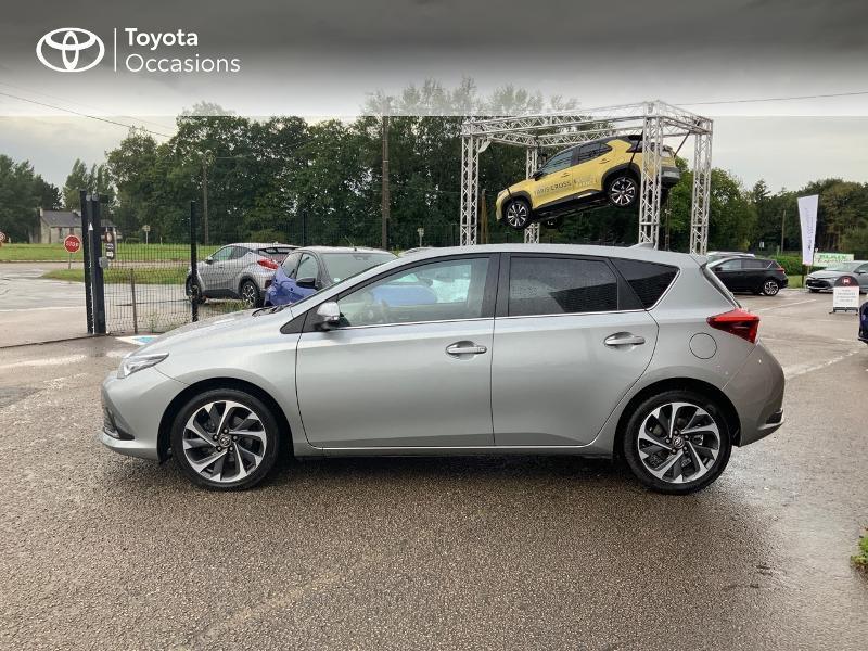 Photo 3 de l'offre de TOYOTA Auris 1.2T 116 Design à 10980€ chez Cap Ouest Auto - Toyota Morlaix