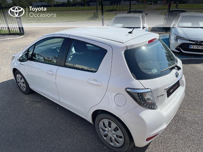 Photo 2 de l'offre de TOYOTA Yaris HSD 100h Dynamic 5p à 12480€ chez Cap Ouest Auto - Toyota Morlaix